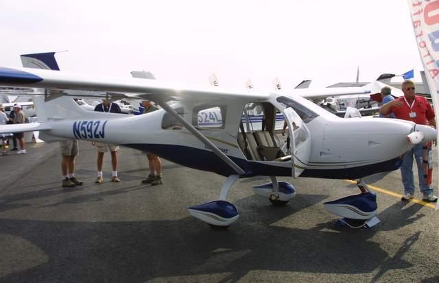 Jabiru J250-SP, Jabiru U S A  Sport Aircraft J 250 SP at the