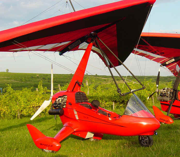 Apollo trike light sport weight shift aircraft